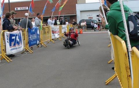 Dan Stietz finishing the Med City Marathon