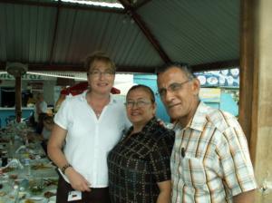 Nurse Kate Welp with Daniela's grandparents Edna & Santiago at Alcatraz restaurant in Manta-Ecuador