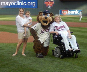 Diane Shea throws out first pitch at Minnesota Twins game.