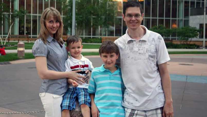 Anna Ryabova and Oleg Pecherskii, with their sons, Sergei and Roman.