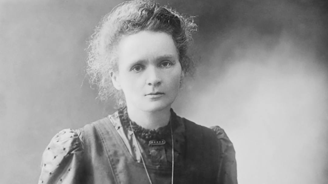A new exhibit at Mayo Clinic's Rochester campus traces the history of the collaboration between Dr. Charles Mayo and Marie Curie.