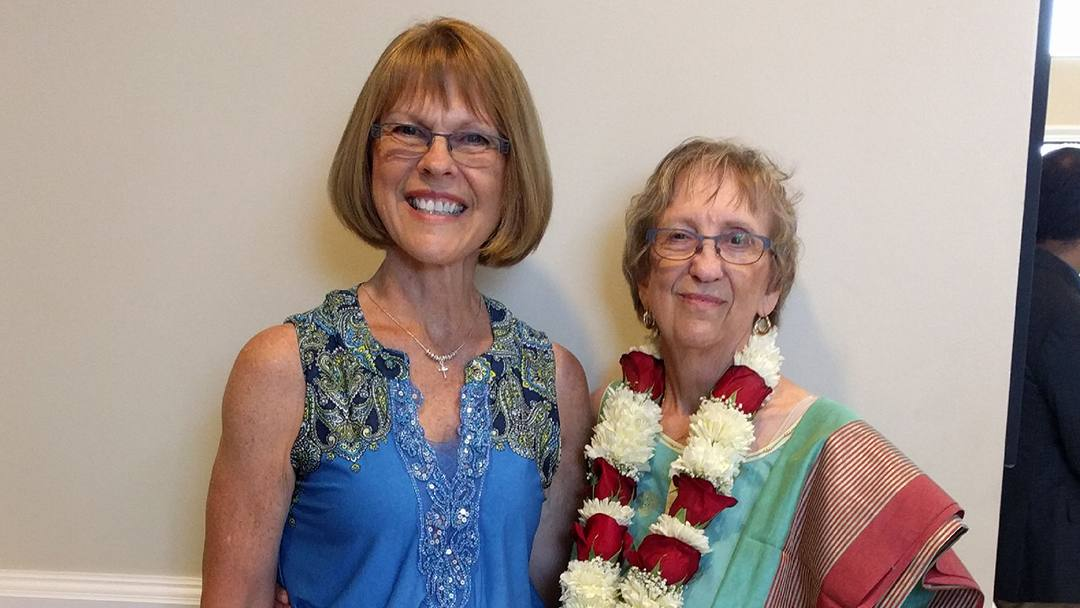 When Mary Redepenning found out her sister Barbara needed a kidney, Mary wanted to be the donor. But traveling to Portland, Oregon, was a significant obstacle. Learning Mayo Clinic could perform a remote donation made all the difference.