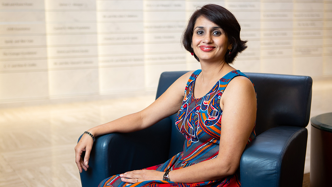 When she was 38, Radhika Sattanathan received a frightening diagnosis of pancreatic cancer. Taking the advice of her physician in India, Radhika sought care halfway around the globe at Mayo Clinic. Today, she's cancer-free.