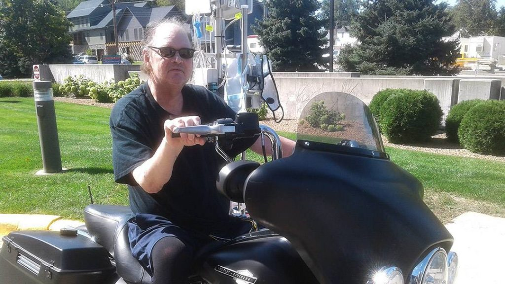 When Dale Leighton underwent a heart transplant at Mayo Clinic, the motorcycling enthusiast believed his days of poor health were behind him. But the new heart failed to work. For Dale, who's dealt with life-threatening heart disease for years, that meant a second heart transplant and a second journey through recovery.