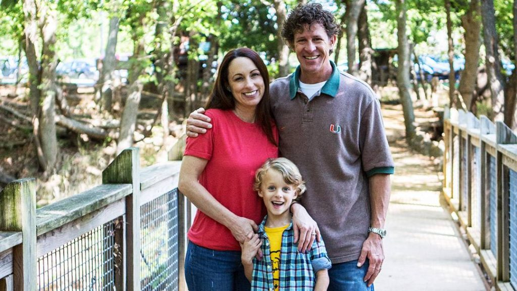 Before coming to Mayo Clinic, the epileptic seizures Denny Hinshaw had lived with for more than 10 years were eroding both his personal and professional life. Since Denny came to Mayo Clinic for care, however, that is all in the past.