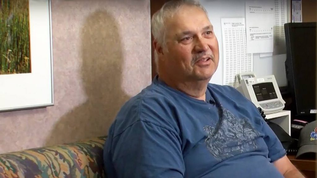 When Jay Elsten's neuroendocrine tumors no longer were responding to traditional treatment, Mayo Clinic offered him a recently approved nuclear medicine therapy. And it worked. Within a week, Jay's symptoms were gone.