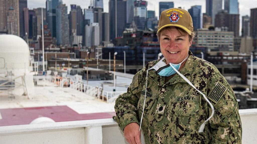 Lynn Houston went from her role as a nurse manager at Mayo Clinic in Florida to the operating room aboard the USNS Comfort, stationed in New York City.